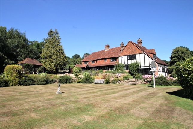 Thumbnail Detached house to rent in Grants Lane, Oxted