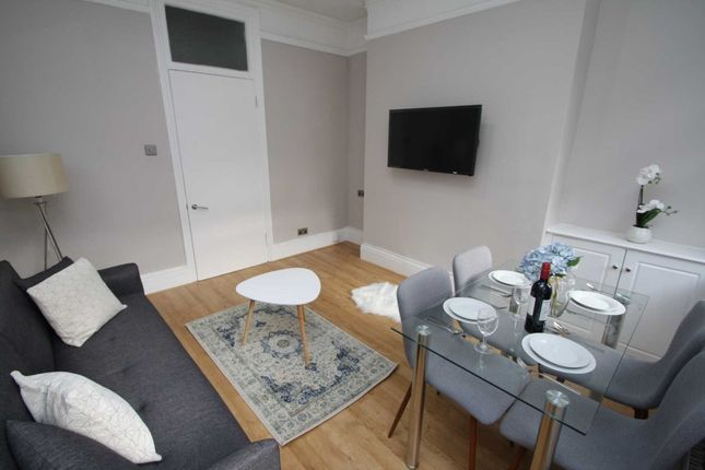Thumbnail Detached house to rent in Wells Street, London