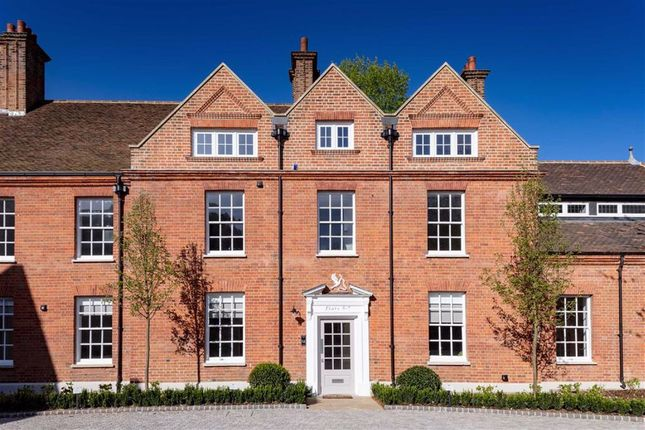Thumbnail Flat for sale in Totteridge Common, London