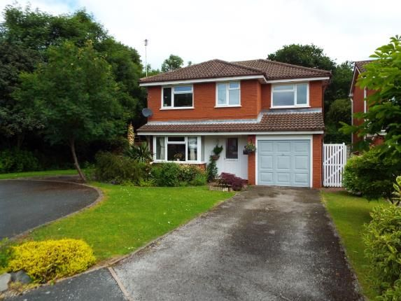 4 bed property for sale in Melford Close, Crewe, Cheshire