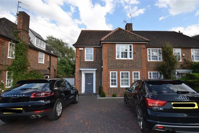 Thumbnail Property for sale in Southway, London