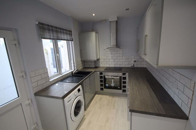 Thumbnail 4 bed property to rent in Wolfa St, Derby