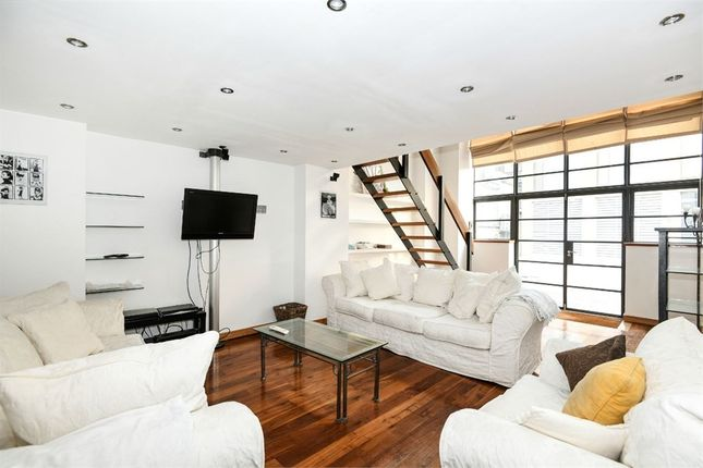 Thumbnail Terraced house for sale in Bluelion Place, London
