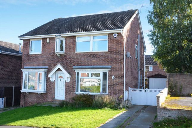 Thumbnail Semi-detached house to rent in Fieldway Rise, Rodley, Leeds