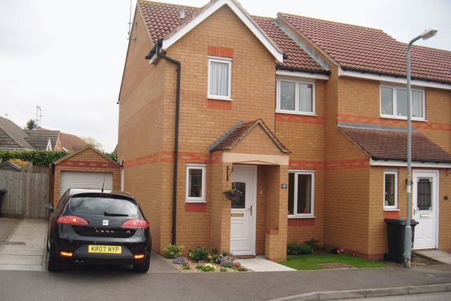 Front of 32 Farmers Close, Wootton Fields, Northampton NN4