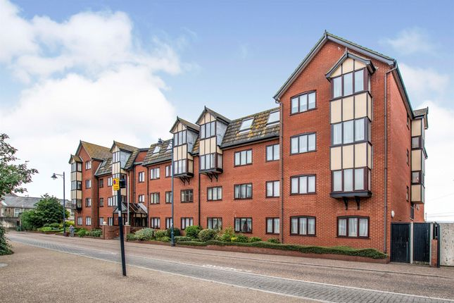 1 bed flat for sale in St. Georges Court, Deneside, Great Yarmouth NR30