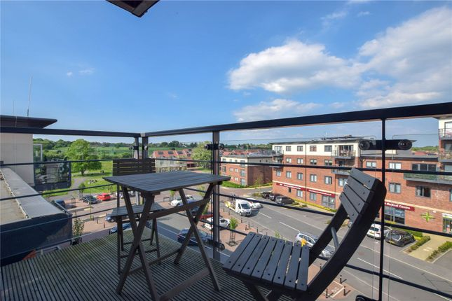Thumbnail Flat for sale in Bateson Drive, Leavesden, Watford, Hertfordshire