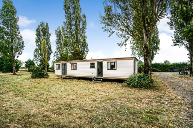 Picture No. 04 of Waterside Holiday Park, Main Road, St Lawrence, Southminster CM0