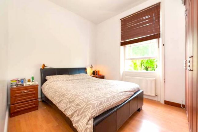 Flat to rent in Mildmay Grove South, London
