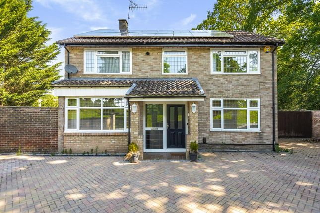 Thumbnail Detached house to rent in Slough, Berkshire