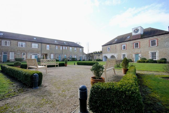Thumbnail Flat to rent in Budgenor Lodge, Easebourne, Midhurst