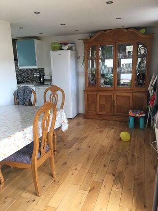 Thumbnail Semi-detached house to rent in Byron Way, Hayes