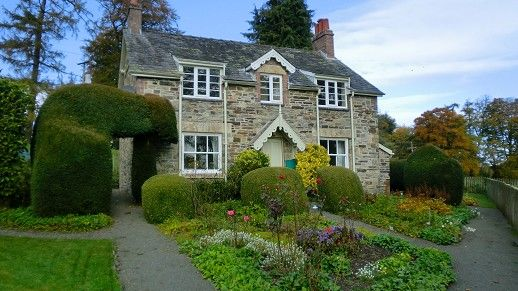 Thumbnail Cottage to rent in Cefndyrys, Builth Wells