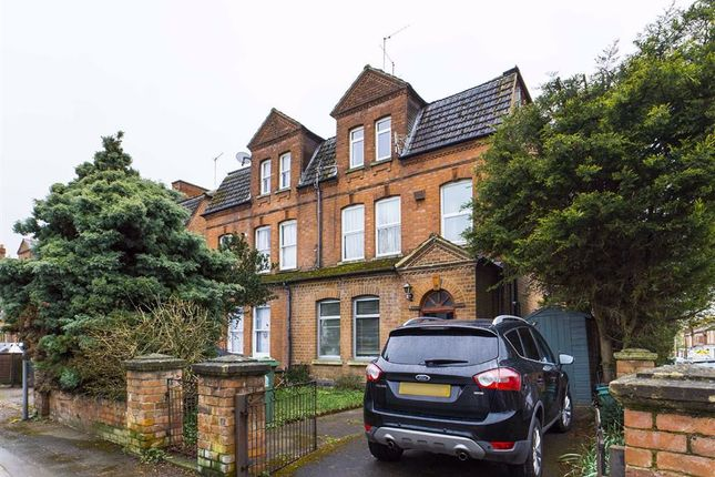 1 bed flat to rent in Henry Road, Gloucester GL1