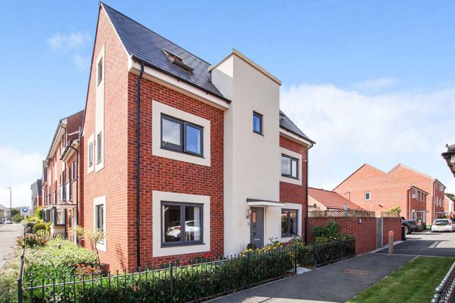 Thumbnail Detached house for sale in Bluebell Way, Lyde Green