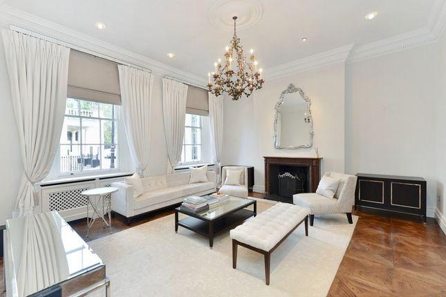 Thumbnail Flat to rent in Eaton Square, London