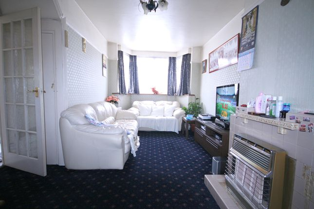 3 bed terraced house to rent in Brentvale Avenue, Alperton, Wembley
