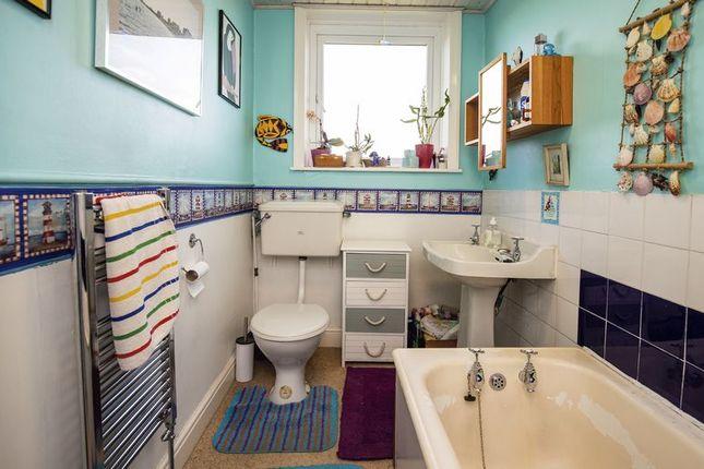 Bathroom of Dob, Sowerby, Sowerby Bridge HX6
