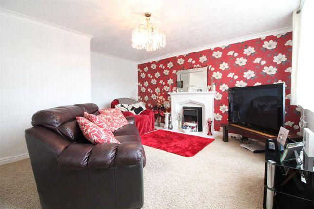 Living Room of Lyric Close, Hull HU3