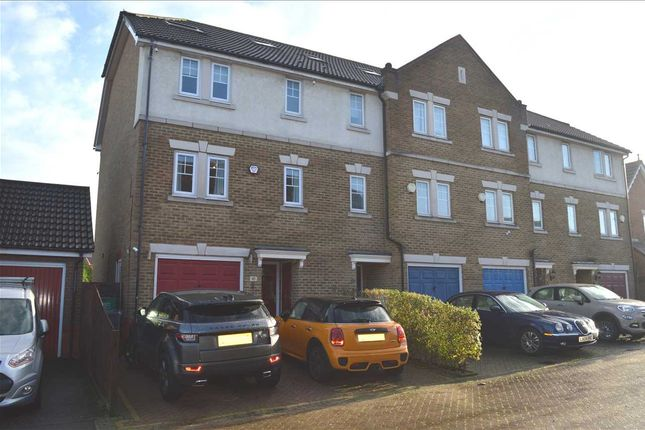 Thumbnail Property to rent in Woolbrook Road, Crayford, Dartford