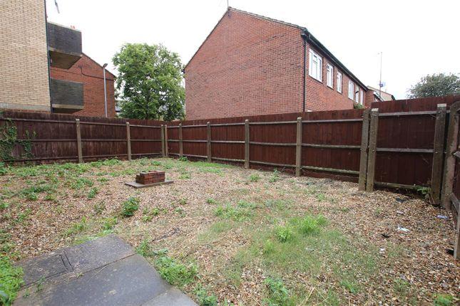 Img_9663 of Elizabeth Walk, Abington, Northampton NN1
