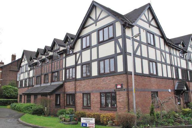 Flat to rent in 17 Sandringham House, 241 Stockport Road, Marple