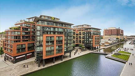Thumbnail Property to rent in Water Views, Merchant Square, London