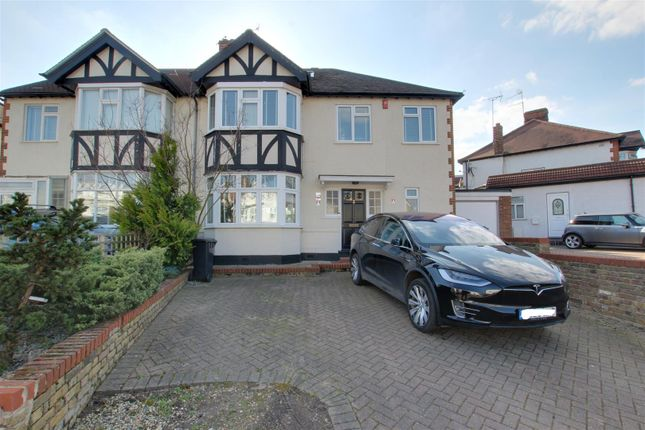 Thumbnail Property to rent in Church Hill, London