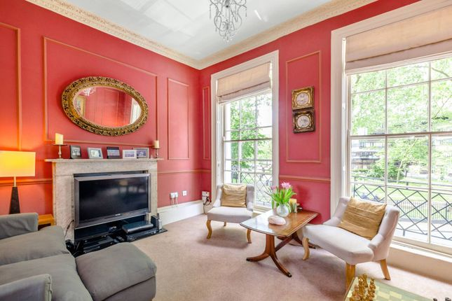 Thumbnail Terraced house for sale in Northampton Square, Clerkenwell