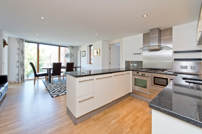 Thumbnail Flat for sale in 20 Lawn Lane, Vauxhall