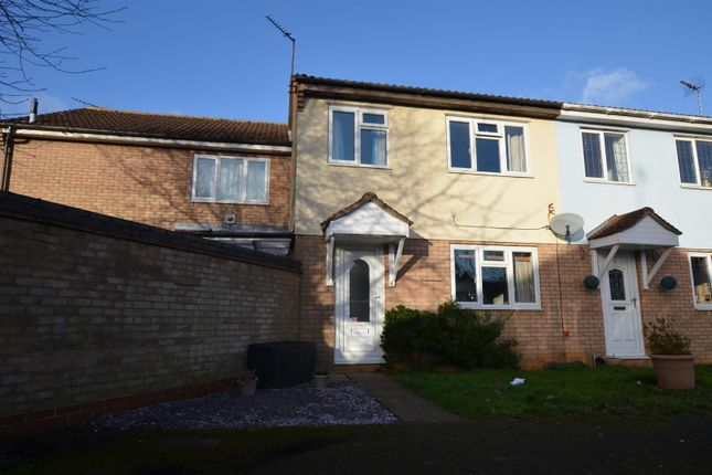3 bed terraced house for sale in Amberley Court, Banbury