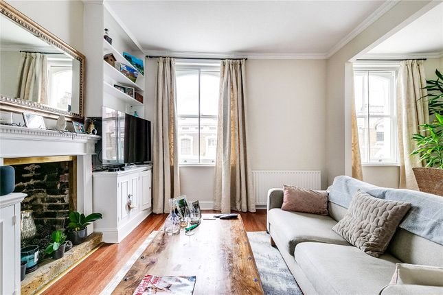 Living Room of Hollywood Road, Chelsea, London SW10