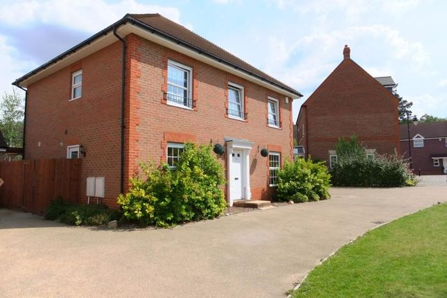 Thumbnail Detached house to rent in Falconer Road, Fleet