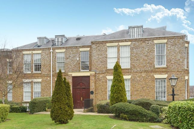 Thumbnail Flat for sale in Princess Park Manor, Royal Drive, London N11, London, N11,