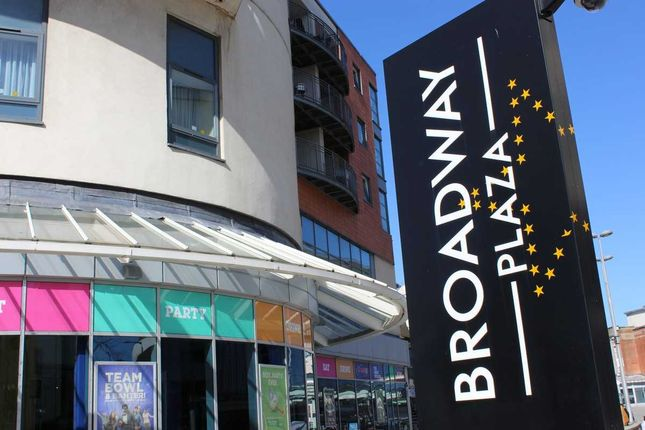 2 bed flat to rent in The Blue Apartments, 19 Broadway Plaza, Birmingham