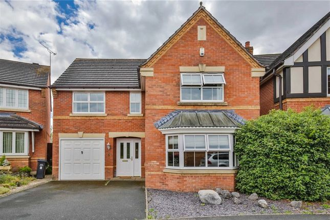 Thumbnail Detached house for sale in Bourne Close, Kington, Worcester