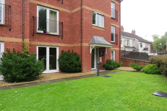 Thumbnail Flat for sale in Hall Street, Blackwood