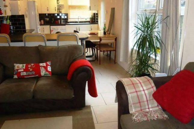 Thumbnail Terraced house to rent in Wellfield Place, Roath, Cardiff