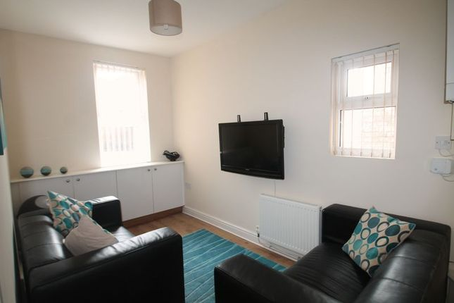 Thumbnail Maisonette to rent in Chillingham Road, Heaton, Newcastle Upon Tyne