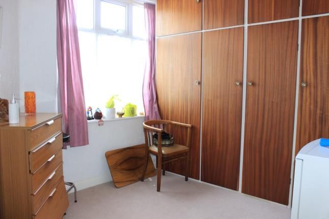 Bedroom 2 of Hamilton Avenue, Ilford IG6