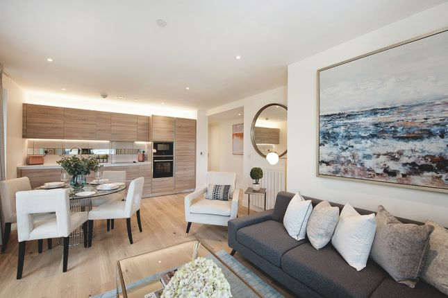 Thumbnail Flat for sale in Waterfront II, Royal Arsenal Riverside, London