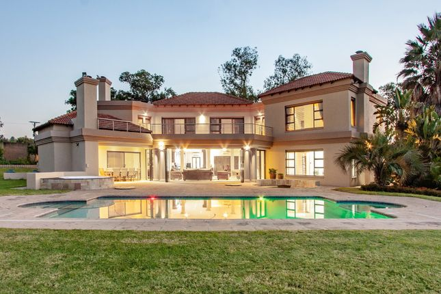 Thumbnail Country house for sale in Papenfus Drive, Beaulieu, Midrand, Gauteng, South Africa