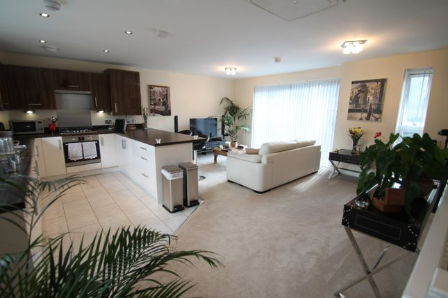 Thumbnail Semi-detached house to rent in Chelsea House, Highfield Road, Edgbaston