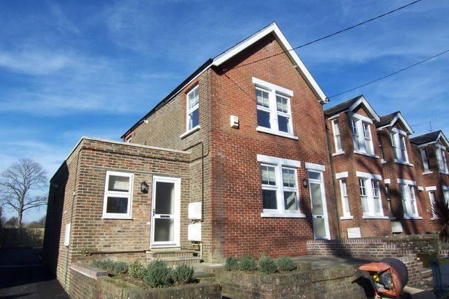 Thumbnail Flat to rent in London Road, Pulborough