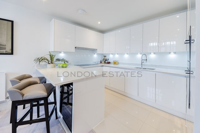 Thumbnail Flat to rent in Palace Wharf, Rainville Road, Hammersmith