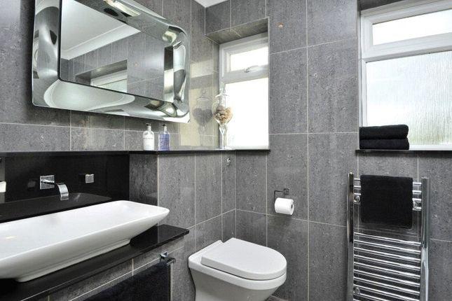 Bathroom of Drake Avenue, Torquay TQ2