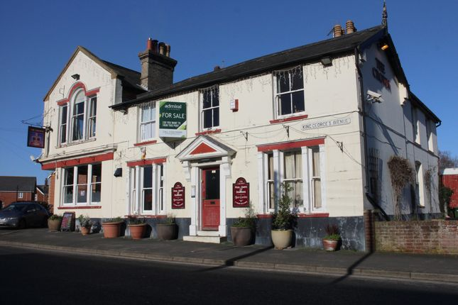 Thumbnail Pub/bar for sale in Kings Georges Avenue, Leiston