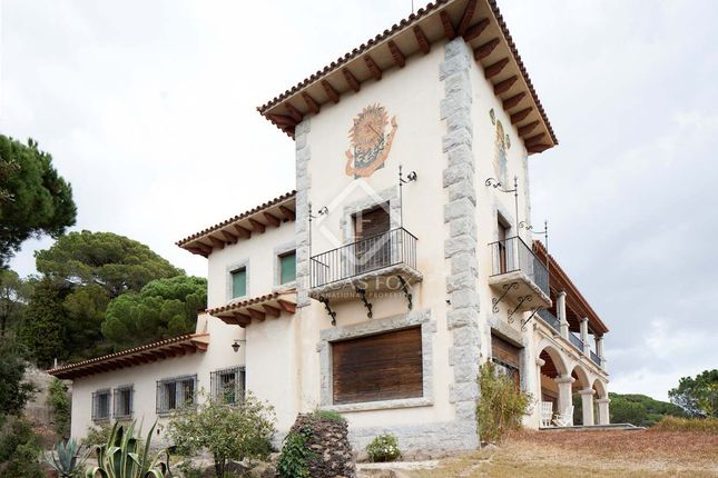 Thumbnail Villa for sale in Spain, Barcelona North Coast (Maresme), Sant Andreu De Llavaneres, Lfs5068