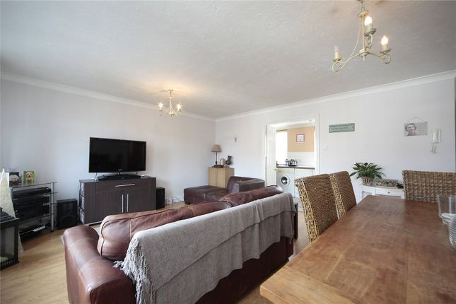 Thumbnail Flat to rent in Hillgate Place, Clapham South, London