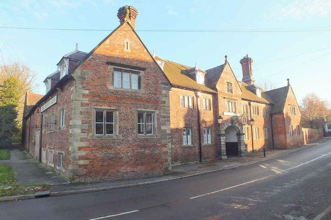 Thumbnail Hotel/guest house to let in Main Road, Sudbury, Ashbourne